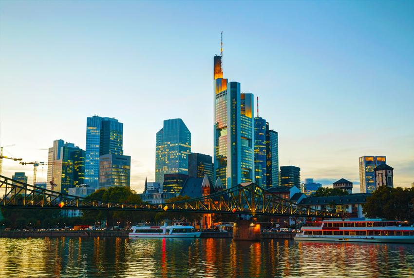 Frankfurtas Skrendu.lt akcija nuolaida pigiai skrisk