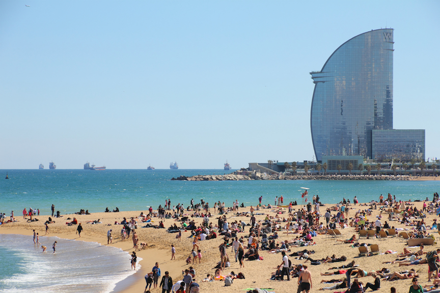 BARCELONA - MAY 3: city beach,  400 meters long, it one of 10 best urban beaches of the world. Touri