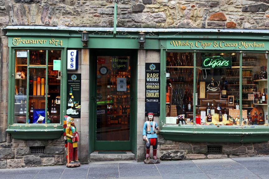 Edinburgas pigūs skrydžiai, viskio parduotuvė