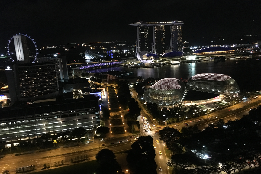 10 Singapūras