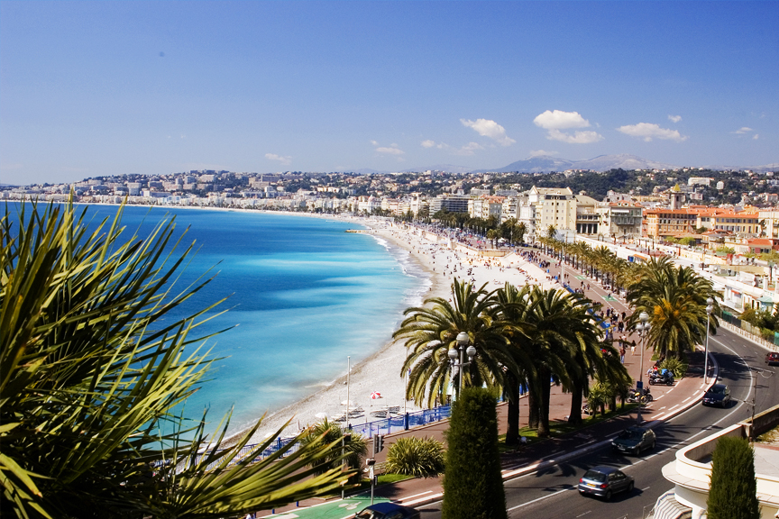 old-town-of-Nice-France-pigus-skrydziai-nica-wizzair
