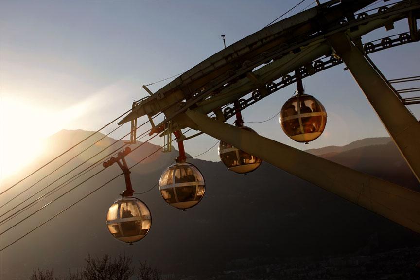 Grenoble-hills