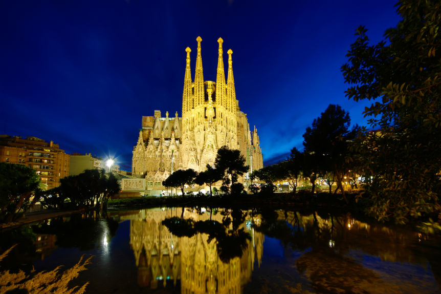 bigstock-Sagrada-Familia-Barcelona-87110006