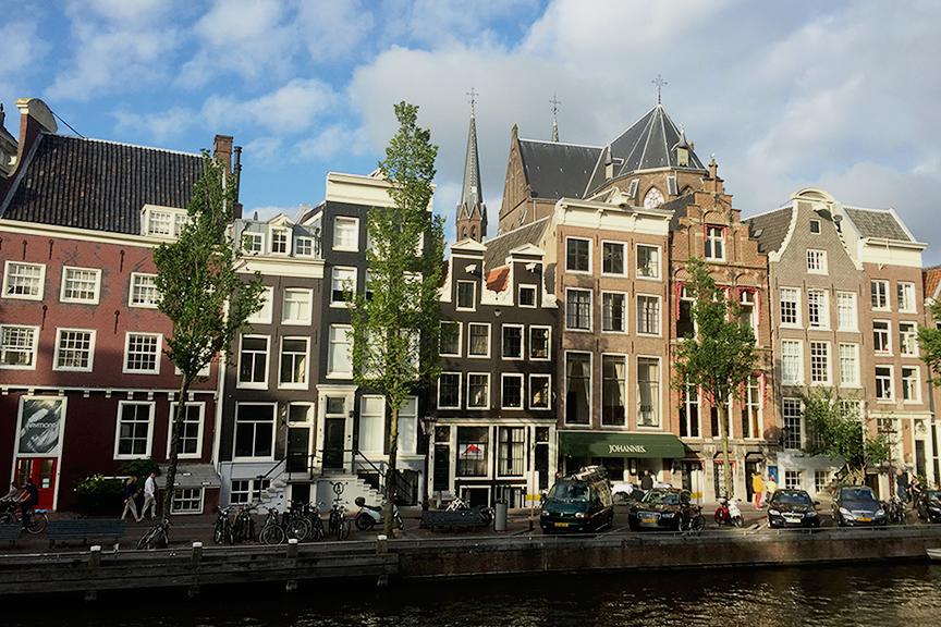 amsterdamas_olandija_skrendult