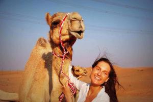mergina su kupraugariu Maroke