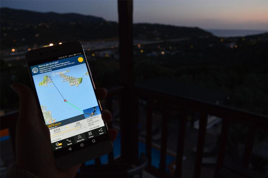 Flight radar programlėlė, lėktuvų stebėjimas