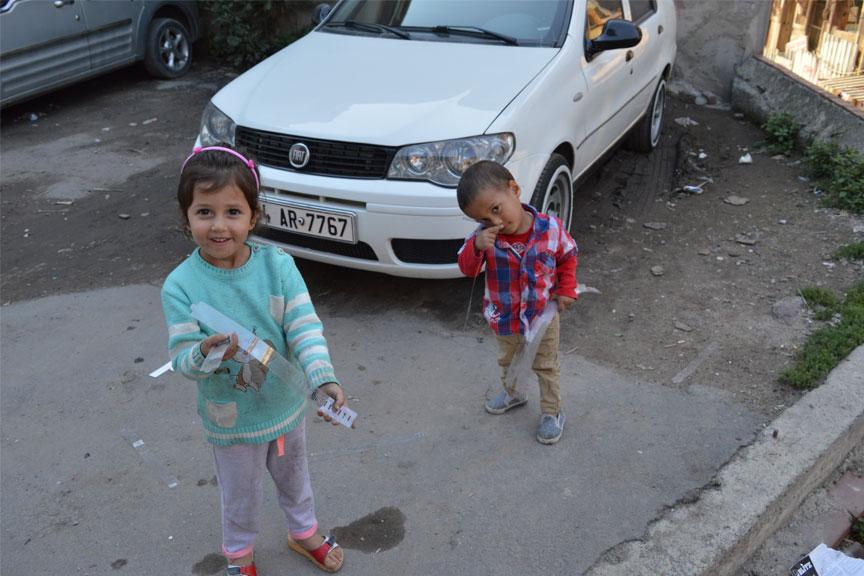 Maži vaikai, Turkija