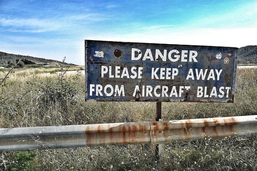 Iškaba dėl lėktuvų stebėjimo