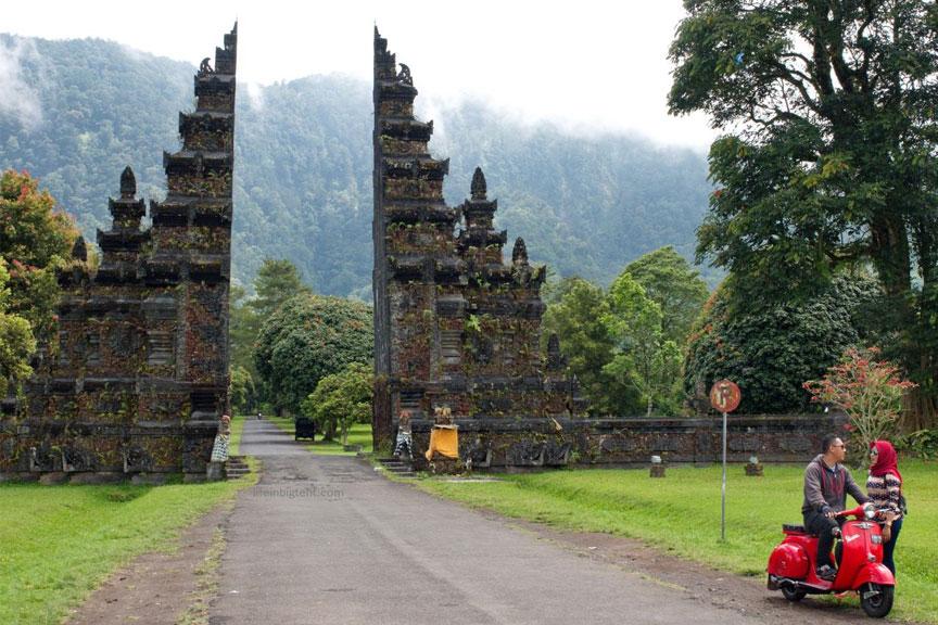 Žymieji Balio vartai